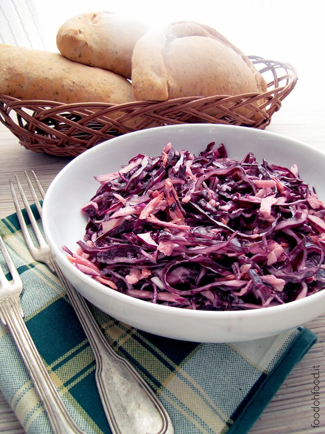 Red cabbage and apple coleslaw