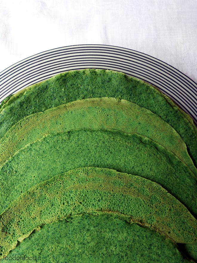 Really green and really tasty spinach crepes
