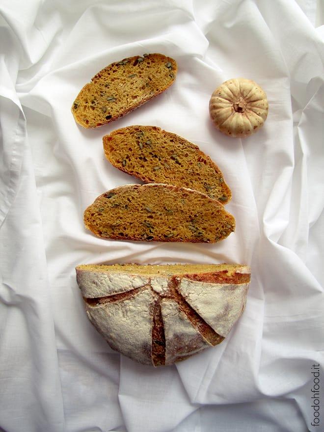 Pane a lievitazione naturale con la polpa di zucca