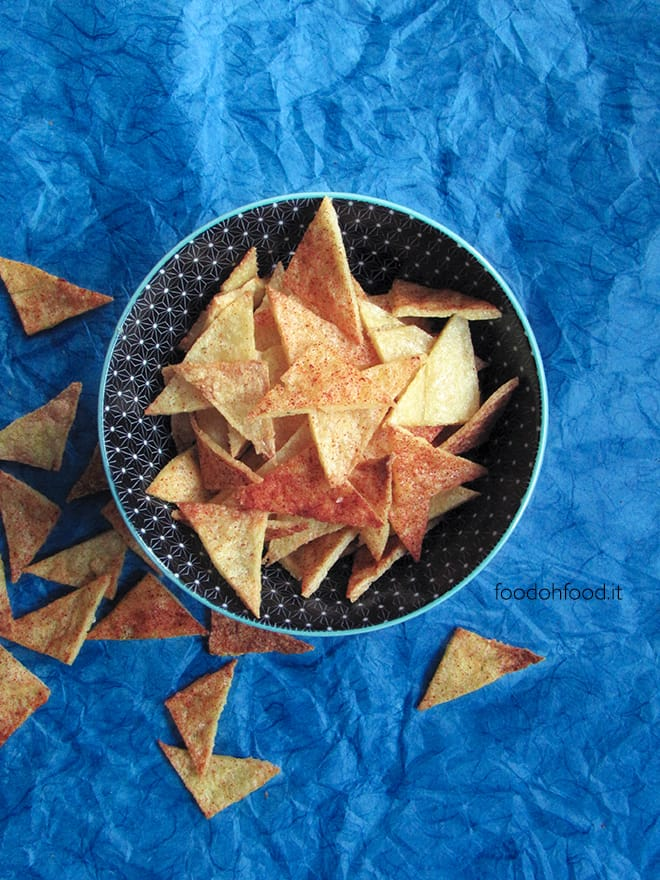Chips di polenta e grana al forno