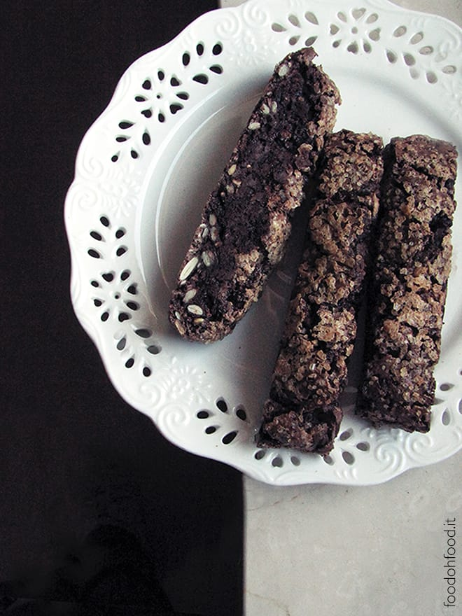 Chocolate chips and mixed seeds healthy biscotti