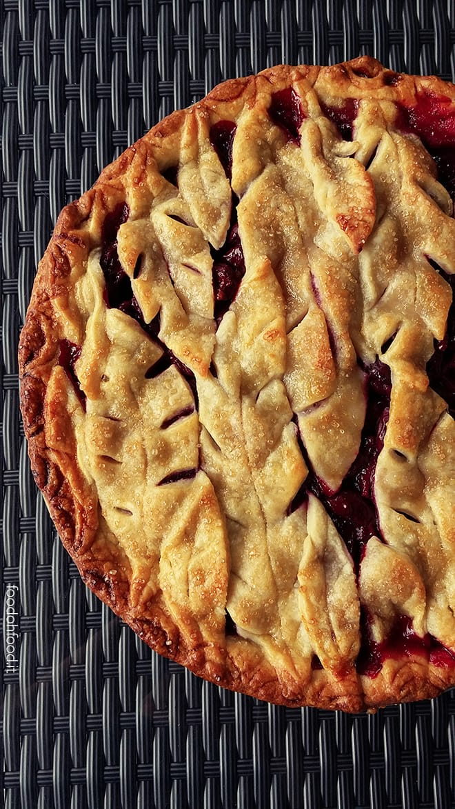 Traditional American cherry pie