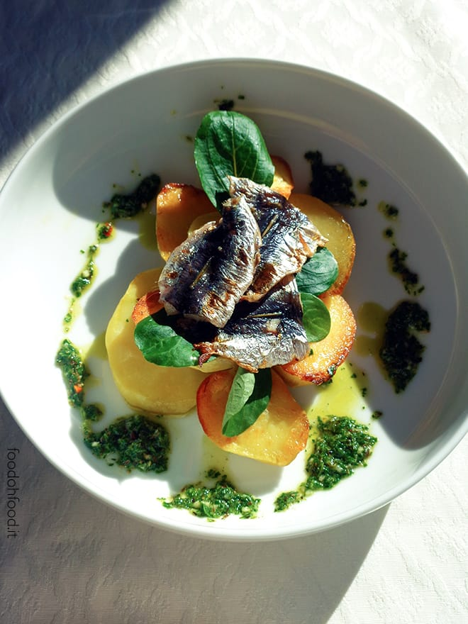 Grilled sardines with potatoes and chimichurri