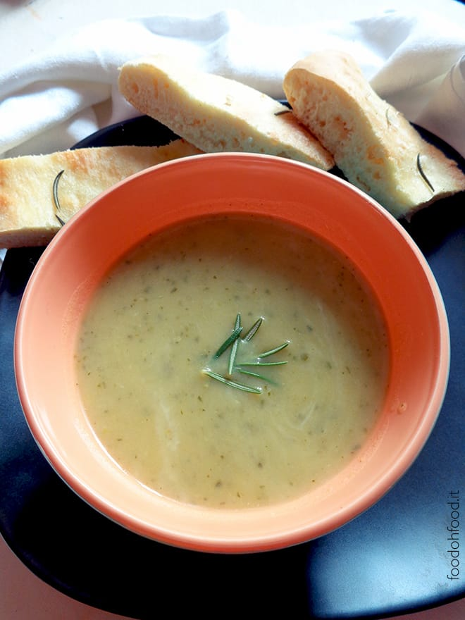 Light zucchini and rosemary soup