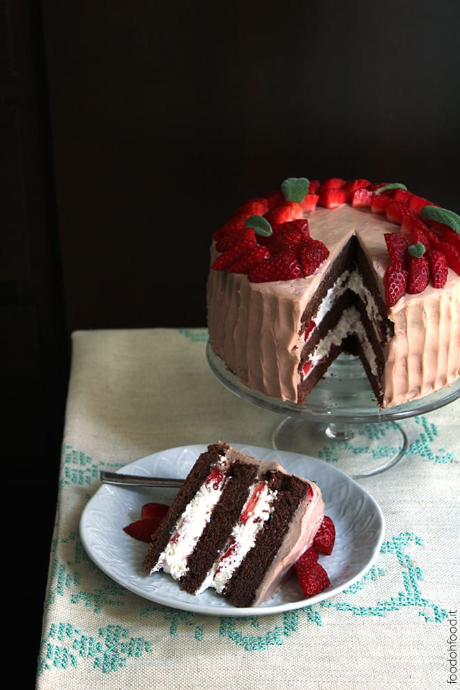 Molly cake with Kinder chococolate cream