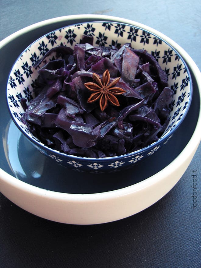 Red cabbage braised with red wine