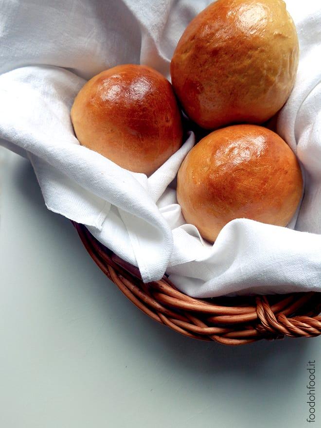 Soft buns with barley coffee