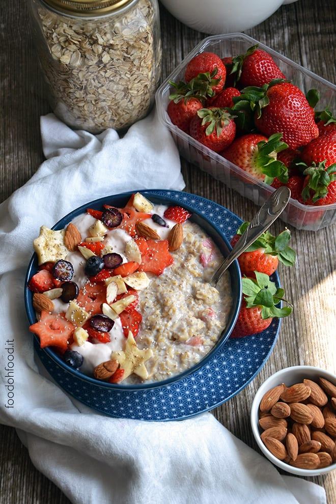 Strawberry and banana overnight oats
