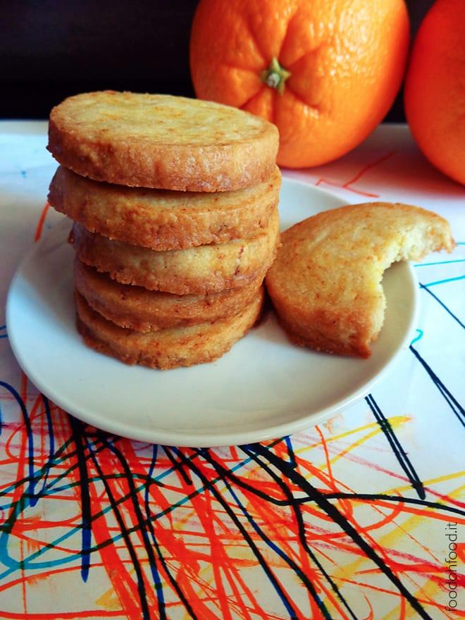 Biscotti al profumo di arancia