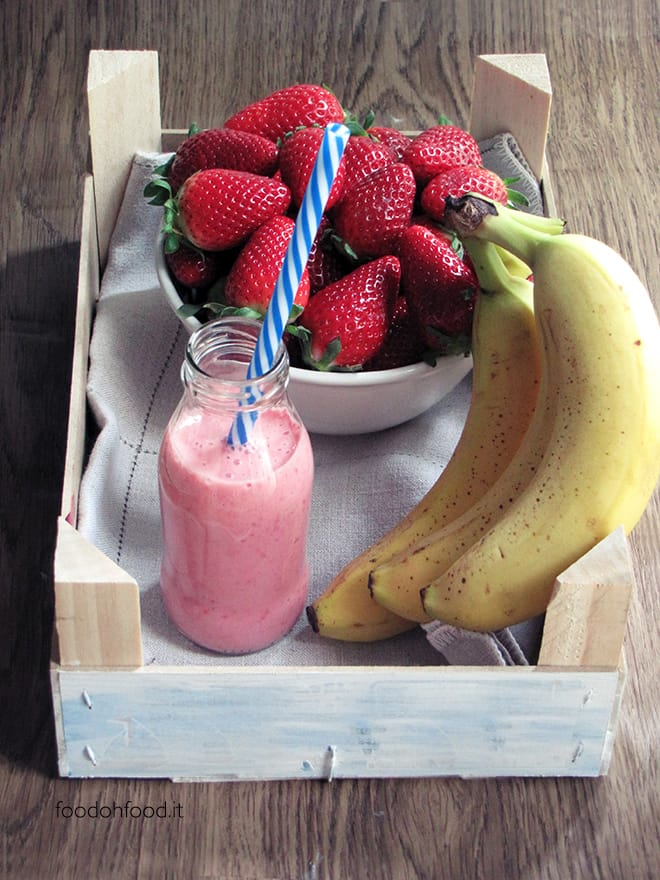 Strawberry and yogurt smoothie